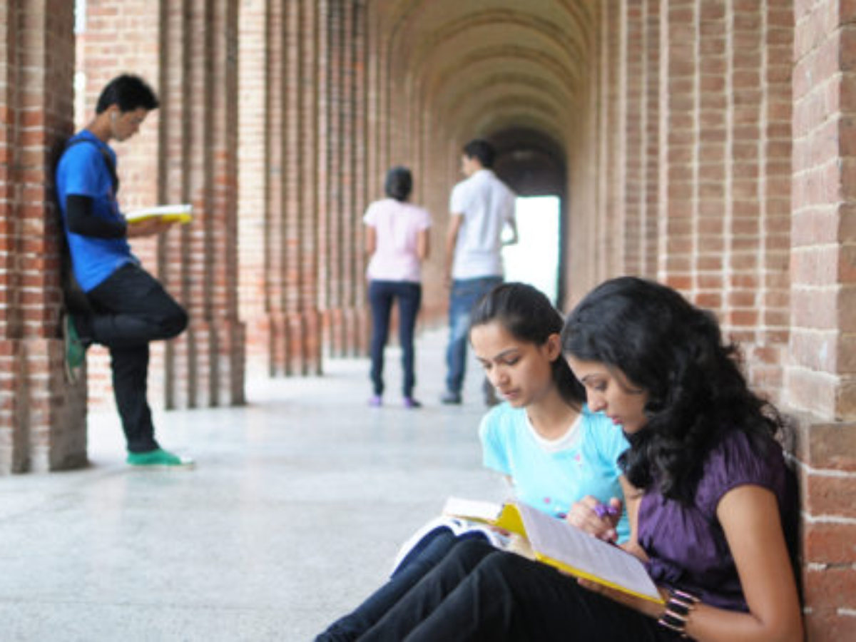 Best Bba Aviation Colleges In Mangalore Airport Management Colleges Based On 2020 21 Rankings And Reviews