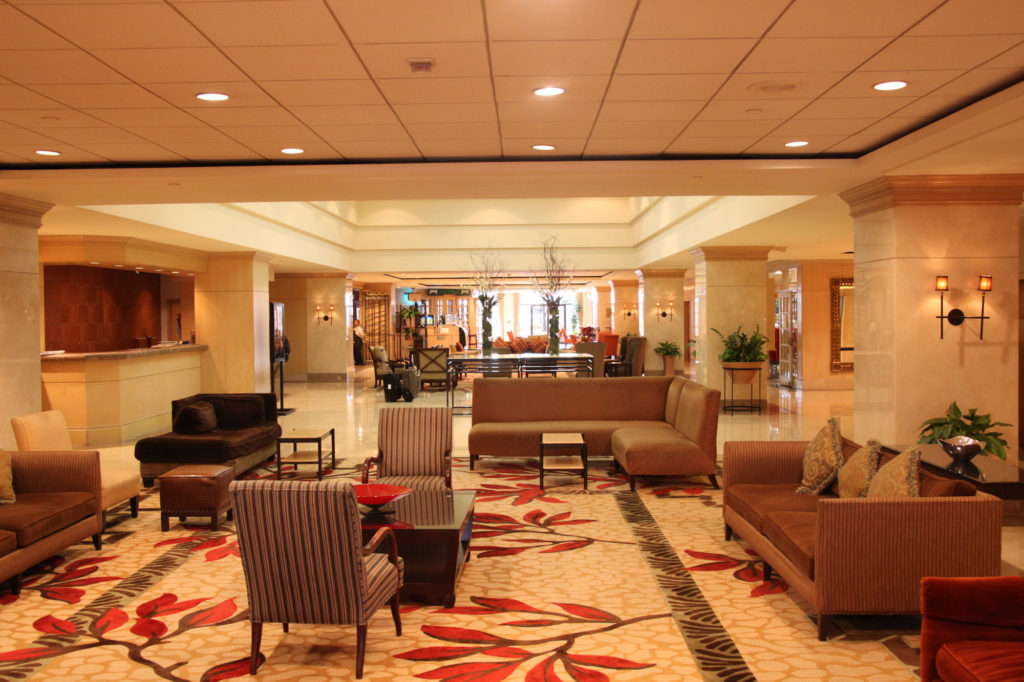 L'Enfant Plaza Hotel lobby